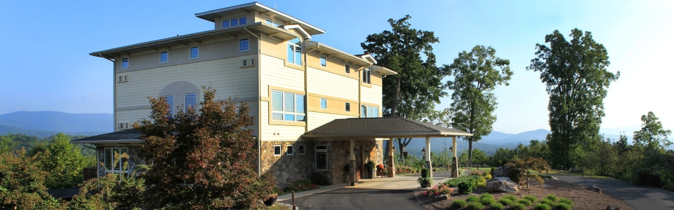 Lucilles Mountain Top Inn And Spa