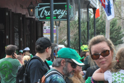 crowds outside of Tracey's Bar waiting for the St. Paddy parade