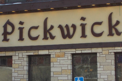 Pickwick sign