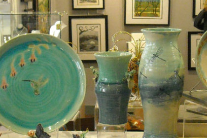 Ceramics display at Gold Country Artists Gallery in Placerville, CA