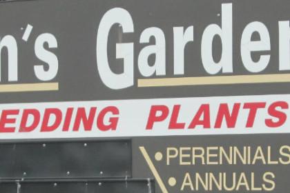 Geranium selection at Ken's Gardens