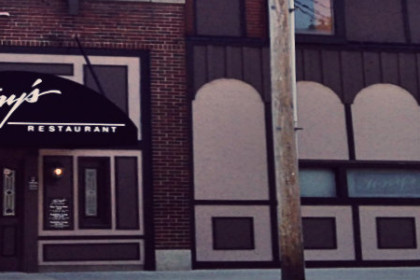 Facade of Tony's Restaurant and Lounge