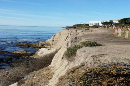 Coastline at Memory Park in Pismo Beach,CA