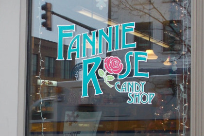 Duluth Fannie Rose Candy Shop
